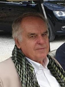 Dr. Peter Baumgartner
